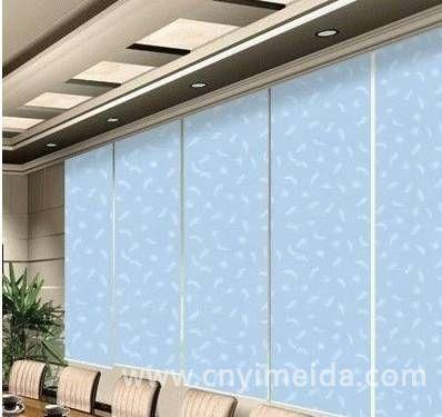 如何选择办公室窗帘,让办公室既有阳光空气,透气美